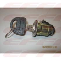 000184 - MIOLO CHAVE PORTA TRASEIRA LD - M100
